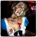Alice in Zombieland Costumes