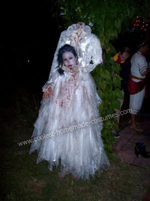 Beheaded Bride DIY Halloween Costume