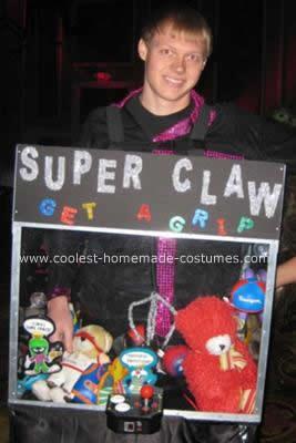 Homemade DIY Claw Machine Halloween Costume