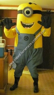 DIY Despicable Me Minon Halloween Costume