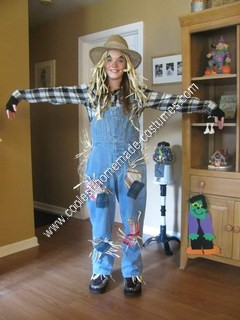 DIY Scarecrow Halloween Costume Idea