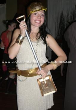 Gold Digger Costume