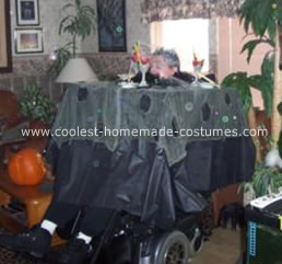 Haunter House Table Costume