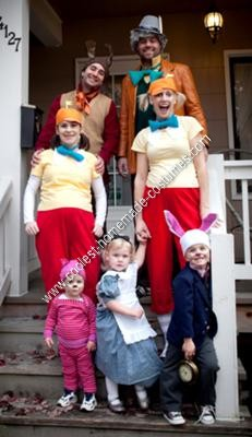 Homemade Alice in Wonderland Family Costumes