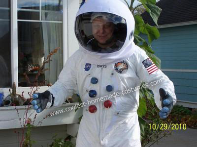 make your own astronaut helmet costume - photo #48