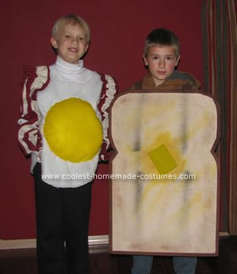 Homemade Bacon and Eggs with Toast Costume