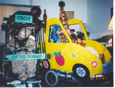 Mobility on Coolest Homemade Circus Clown In A Clown Car Wheelchair Costume 8