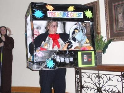 Homemade Claw Machine Halloween Costume Idea