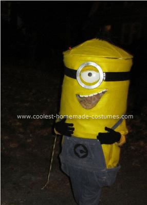 Minion Costume http://www.coolest-homemade-costumes.com/coolest-homemade-grus-minion-costume-4.html