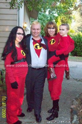 Homemade Incredibles Family Costumes