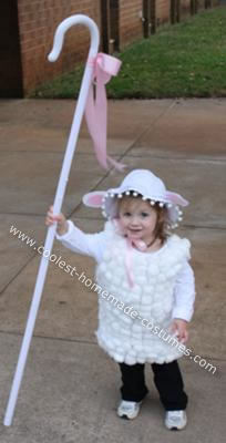Homemade Little Bo Peep and Her Lost Sheep Costume