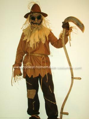 Scary Scarecrow Halloween Costume