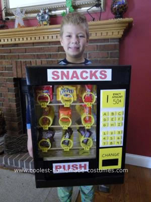 coolest homemade vending machine costume 4