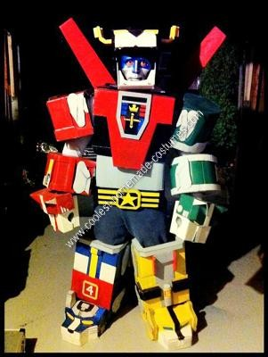 Homemade Voltron: Defender of the Universe Halloween Costume