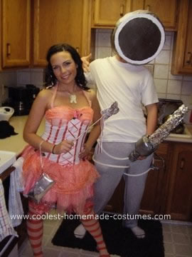 Homemade iPhone and Headphone Couple Costume