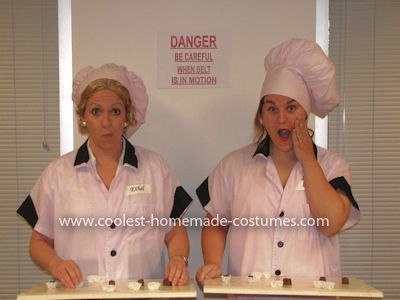 Coolest Lucy and Ethel Candy Factory Couple Costume 8