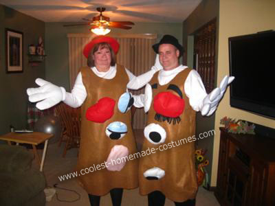 Mr. and Mrs. Potato Head DIY Halloween Costume