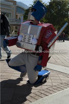 Coolest Transforming Optimus Prime Costume 33
