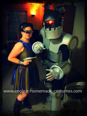 Homemade Vintage Sci-Fi Robot Costume.