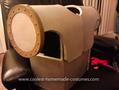 Homemade Vintage Sci-Fi Robot Costume