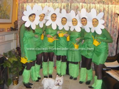 Coolest Homemade Daisy Chain Group Halloween Costume